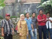 Kepala Desa Cirarab Galang Pemuda dan PT LG Elektronik Bangun Lingkungan Bersih dan Asri