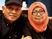 AKU MELIHATMU: Puisi KH Mustofa Bisri Sebelum Sang Istri Wafat