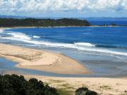 Dua Wisatawan Tewas Tenggelam di Pantai Sawarna