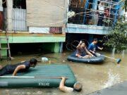 Perumahan Total Persada Banjir, Warga Mengungsi ke GOR