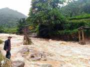 Jembatan Putus Diterjang Banjir, Persiapan Siswa Jelang Ujian Nasional Terganggu