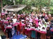 Pegiat Literasi Usung Gerakan 1000 Pasang Sepatu Baru untuk Siswa
