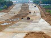 Pemkab Pandeglang Optimis Jalan Tol Serang-Panimbang Selesai Sesuai Jadwal