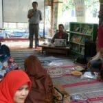 Puluhan Pegiat Literasi dari Jakarta Kunjungi TBM Kedai Proses Rangkasbitung Puluhan Pegiat Literasi dari Jakarta Kunjungi TBM Kedai Proses Rangkasbitung