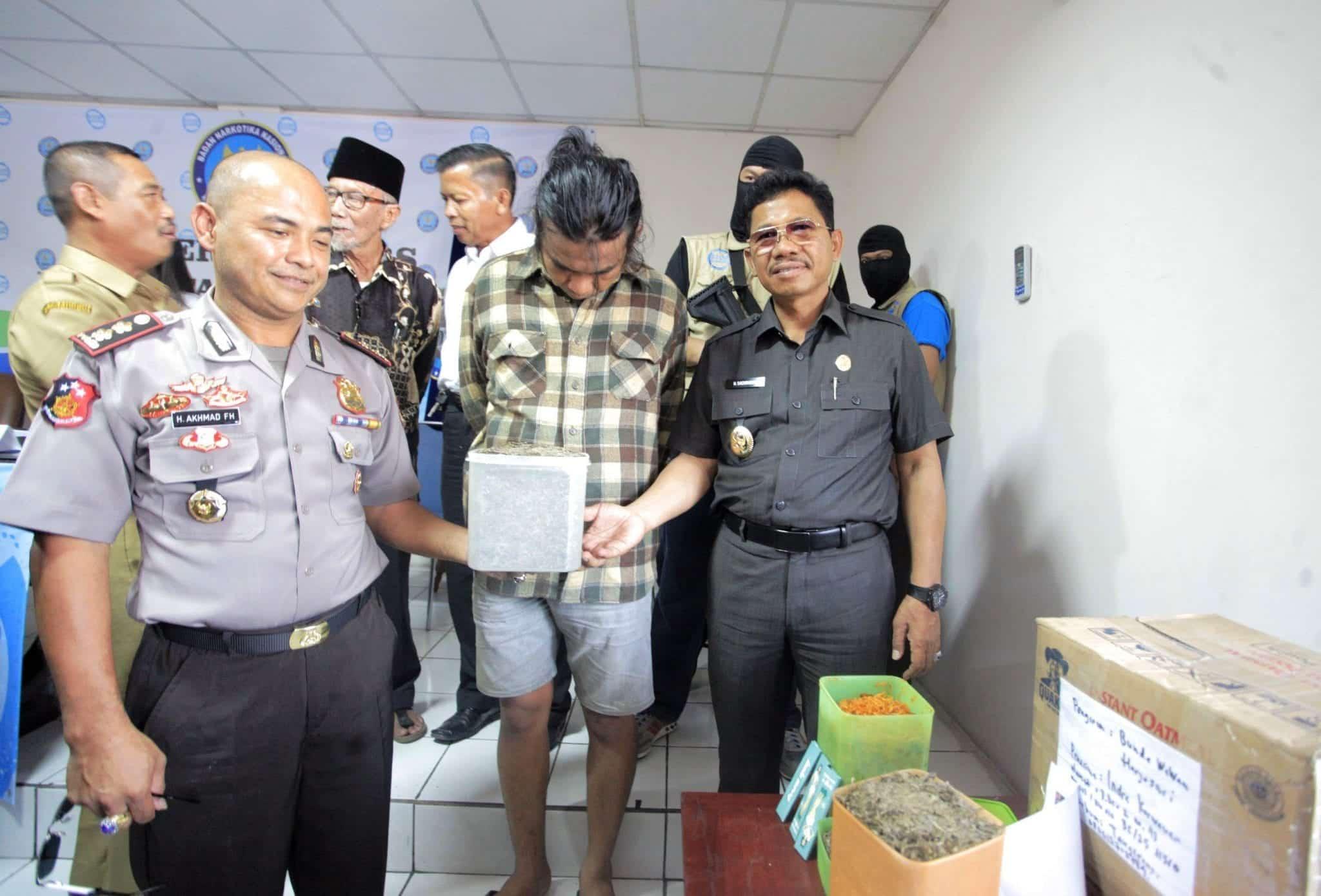BNN Ringkus Empat Orang Jaringan Pengedar Narkoba di Kota Tangerang