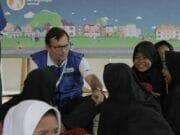 Perusahaan AXA Ajak Siswa SD Ranca Buaya Bermain Ayo Sehat dan Cermat