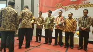 Pemkot Tangerang Raih BAPETEN Safety and Security Award Pemkot Tangerang Raih BAPETEN Safety and Security Award