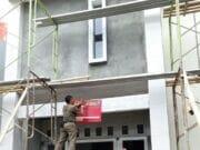 Tim Pakubumi Gakumda Segel Lima Bangunan tanpa IMB