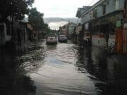 Hujan Sebentar, Komplek Ciledug Indah II Tergenang Air