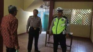 Polsek Neglasari Lakukan Pengamanan Perayaan Natal di Gereja Kristen Pasundan