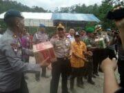 Kapolda Banten Tinjau dan Beri Bantuan Masyarakat Lebak Gedong Terdampak Gempa