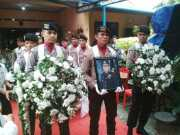 Harunya Upacara Persemayaman Alm. Brigjend Pol Raden Muktar Panggabean