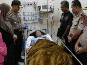 Korban Ambruknya Tembok Underpass Bandara Soetta Dijenguk Kapolres Metro Tangerang