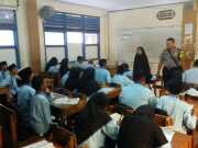 Antisipasi Perkelahian Pelajar, Polsek Jatiuwung Gencar Sambangi Siswa di Sekolah