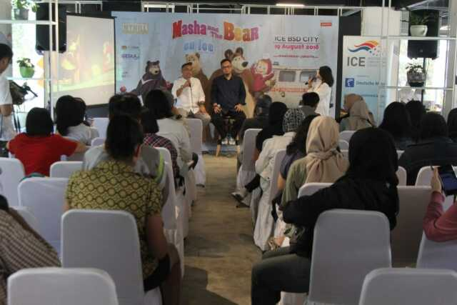Ayo! Kunjungi Masha and The Bear on Ice di ICE BSD City