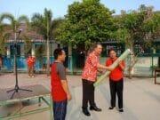 Peringati HUT RI Ke-73, Nanang Kurniawan Bantu Fasilitas Sekolah