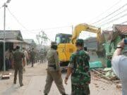 Sempat Memanas : Warga Tolak Penggusuran oleh Pemkot Tangerang