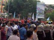 Aksi Buruh di Banten Tertahan Aparat Kepolisian
