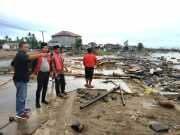 Perduli Tsunami, DPC PDI Tangsel Kunjungi Posko Pengungsian