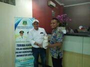 Samsat Online : Komisioner KPU Kota Tangerang Taat Bayar Pajak Kendaraan