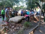 Sebabkan Warga Kecelakaan Pembuatan Drainase Disoal