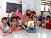Pegiat Literasi Kecamatan Sajira Menggelar Aksi Gelaran Buku