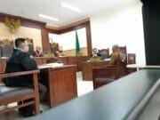 Berbelit-belit, Dua Saksi Terdakwa Tjen Jung Sen Kerap Ditegur Hakim