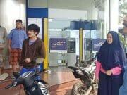 ATM Error, Nasabah Panik Datangi Mandiri Kisamaun Kota Tangerang