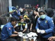 Aparat Gabungan Razia Sejumlah THM di Tangerang Selatan