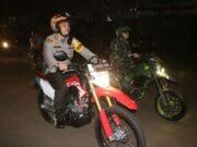 Naik Motor, Kapolres dan Dandim Pantau Situasi Malam Natal di Tangerang