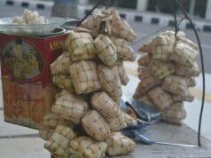 Ketupat Sayur Jadi Pilihan Kuliner Dengan Harga Ekonomis