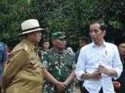Wahidin Halim Dampingi Presiden Joko Widodo Tinjau Lokasi Banjir Bandang Lebak