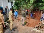 9 Turap Yang Jebol Pasca Banjir di Tangsel Mulai Diperbaiki