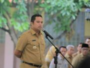 Pimpin Apel, Arief Ingatkan Pegawai Saling Dukung Tangani Banjir