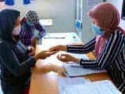 2.460 Warga Terdampak Covid-19 di Ciledug Kota Tangerang Terima BLT