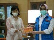 Pemkot Tangsel Terima Bantuan Obat Batuk dari PT Mecosin