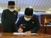 Paripurna DPRD, 3 Raperda Kota Tangerang Disahkan