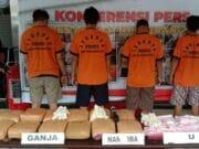 Polisi Ringkus Tersangka Narkotika Jenis Ganja dan Sabu Jaringan Aceh - Sukabumi