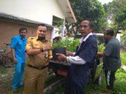 DKP Kota Tangerang Bagikan Bibit Sayuran ke Masyarakat Cipondoh