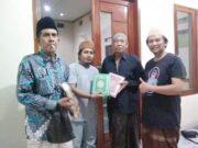 Komunitas Juang Lebak bersama Rumah Aspirasi MHJB berbagi Al Qur'an, pada Minggu (25/04/2021).