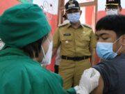Vaksinasi UMKM dan PKL Kota Tangerang Kembali Serentak di 13 Kecamatan