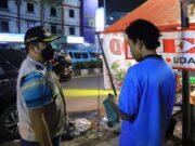 Patroli Prokes, Arief Tegur Pedagang Tak Pakai Masker