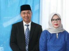 H. Aan Irawan (Kepala Desa Kadujajar 2015-2021) dan istrinya.