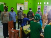 Kegiatan Vaksinasi Covid-19 di Desa Kampung Melayu Barat