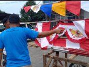 PPKM Level 4, Komunitas RakyatMemberi Kasih Makan Gratis ke Penjual Bendera di CurugTangerang