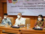 Muhammad Rizal Anggota Komisi VIII DPR RI, bersama Bupati Tangerang Ahmed Zaki Iskandar, Ditjen Pemberdayaan Sosial Perorangan, Keluarga dan Kelembagaan Masyarakat Republik Indonesia Saramita Boru.
