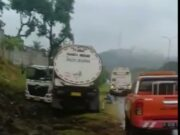 Akibat Selip Ban, Truk Tangki Alami Kecelakaan Tunggal Di Tol Merak