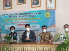 SMAN 10 Pandeglang Adakan Seminar Anti Perundungan Dunia Maya Mengahadirkan LPA Banten