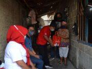 Minggu ke-6, PDI Perjuangan Sasar Bansos di Kampung Bayur, Gatot: Masyarakat Kota Tangerang Perlu Sentuhan Langsung